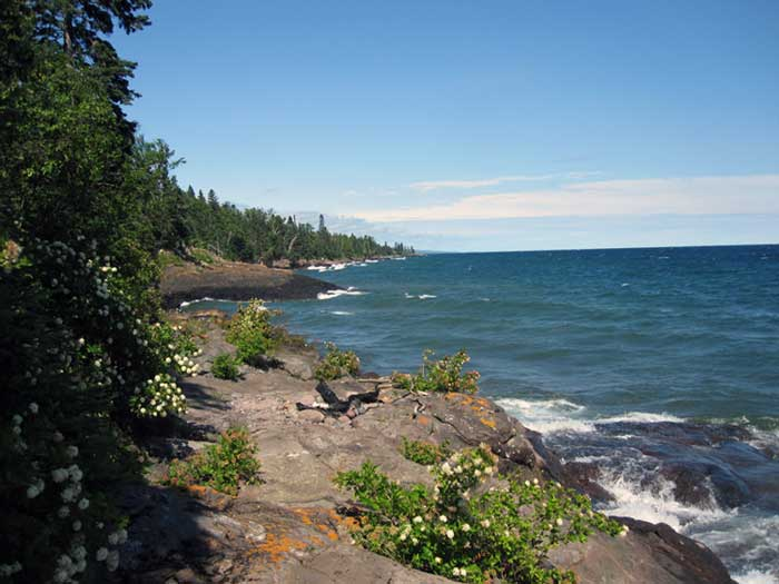 Koeneke shoredge resort lutsen minnesota for North shore lake superior cabins